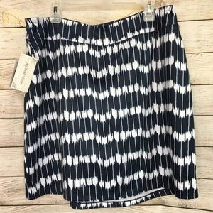 SEG'MENTS LUXE Blue and White Skort